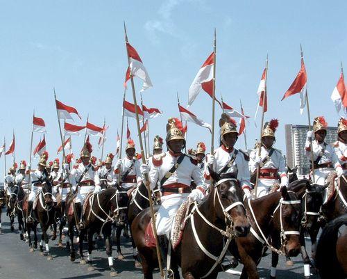 2006年独立記念日: 大統領府儀仗騎馬隊の行進